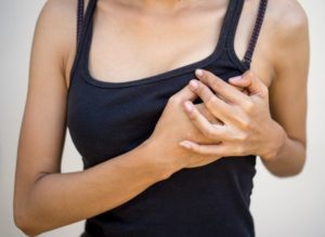 Зуд молочных желез причины