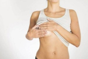 Боль в молочной железе слева у женщин отдает в подмышку