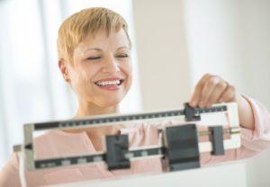 Как не набрать вес во время климакса